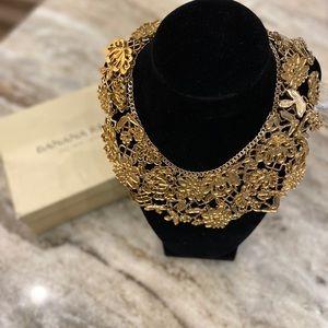 Banana Republic Bibb Fashion Necklace